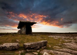 Poulnabrone. Co. Clare